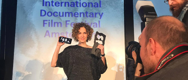 In a Whisper wins the IDFA Award for Best Feature-Length Documentary, Olivier Militon